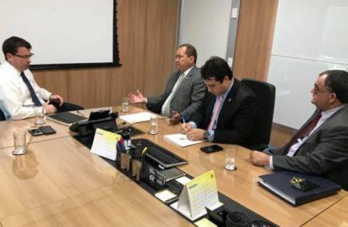 Vicentinho Alves cobra do presidente do Banco do Brasil a reabertura de agências
